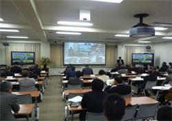 2009年から遠隔会議システムを活用