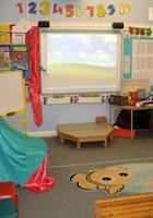 幼児クラスにも電子ボードが設置
