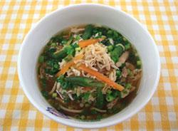 鹿児島県奄美地方の郷土料理「鶏飯(ケイハン)」