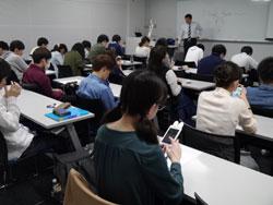 AI英会話アプリ「SpeakBuddy」を使った授業の様子