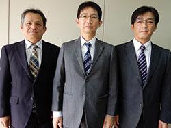 左より伊藤管理指導主事、稲田課長、瀬上指導主事