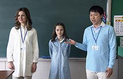 指導者用デジタルブック(英語)の画面。教科書のストーリーに応じたドラマ映像を収録。歌・チャンツも豊富に収録されており、再生スピードも3段階で調節できる