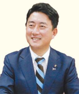 尼崎市教育委員会 松本 眞教育長